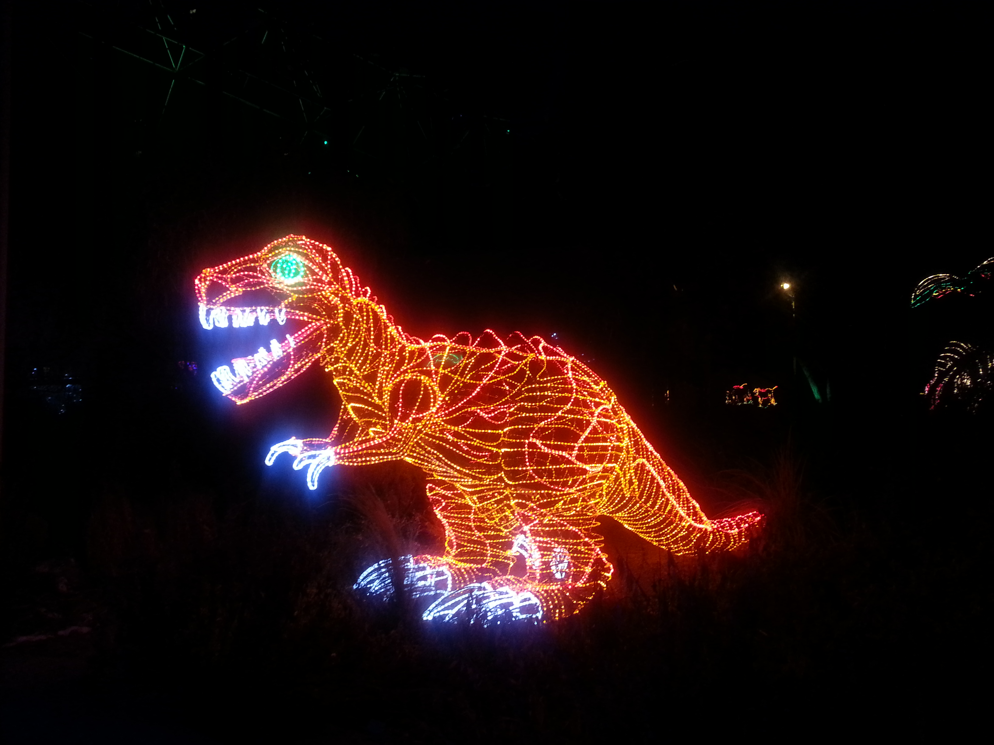 T-Rex-Light-Sculpture